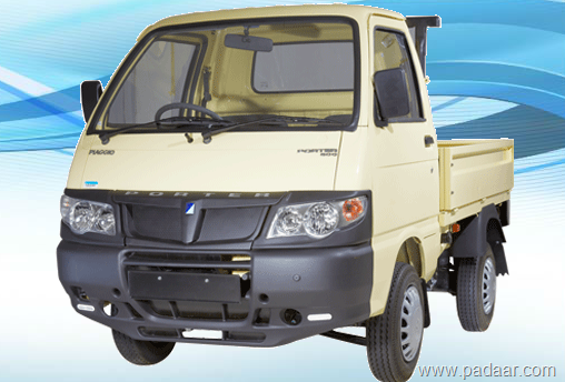 piaggio porter 600 2 52 000 rs price features specifications. Black Bedroom Furniture Sets. Home Design Ideas