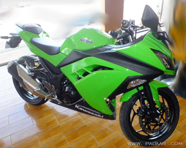 Kawasaki Bajaj Ninja 300 Expert Reviewon Road Price