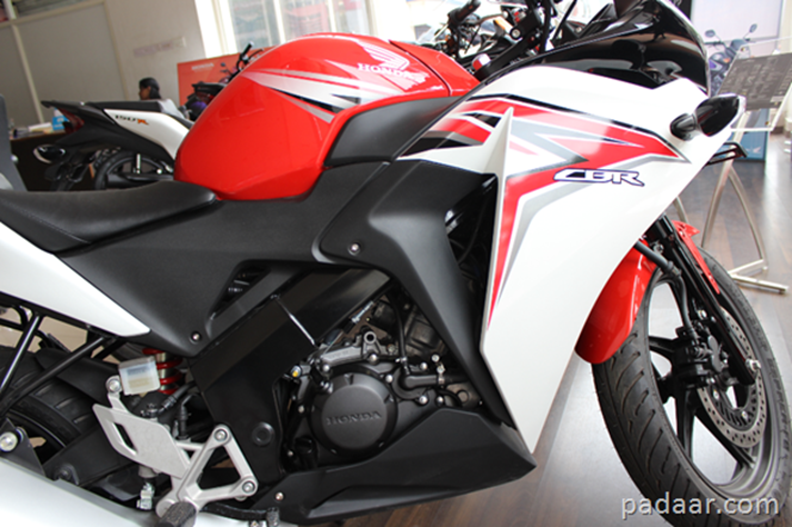 Honda Cbr 150r Review Features Specs And On Road Price India